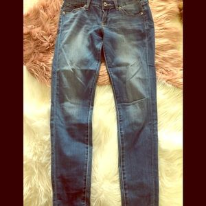 Size 4 Luck Brand Jeans